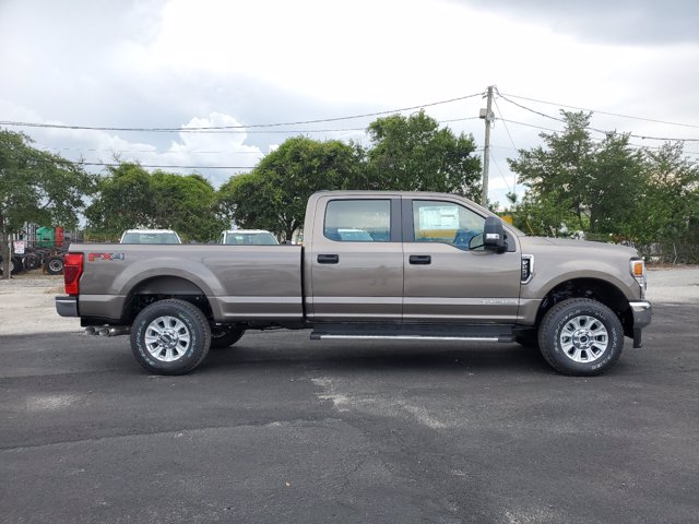 2020 Ford F-250 Crew Cab 4x4, Pickup #L4035 - photo 6