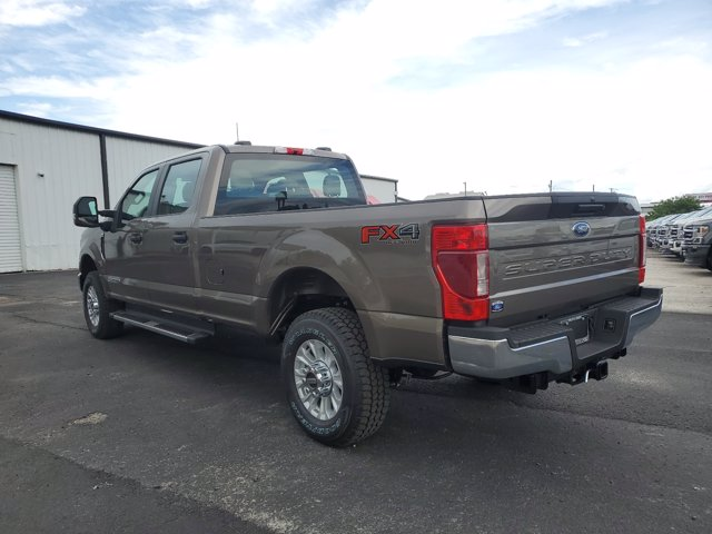 2020 Ford F-250 Crew Cab 4x4, Pickup #L4035 - photo 9