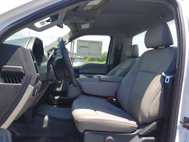 2020 Ford F-350 Regular Cab DRW RWD, Cab Chassis #L4049 - photo 14