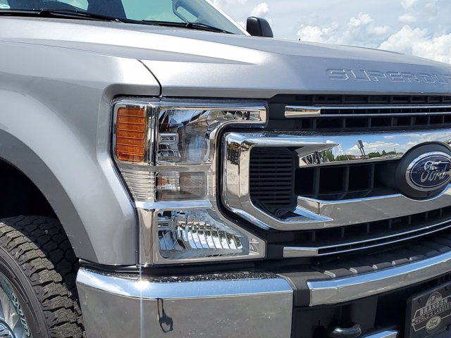 2020 Ford F-250 Crew Cab 4x4, Pickup #L4050 - photo 3