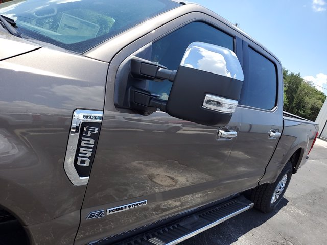 2020 Ford F-250 Crew Cab 4x4, Pickup #L4104 - photo 5