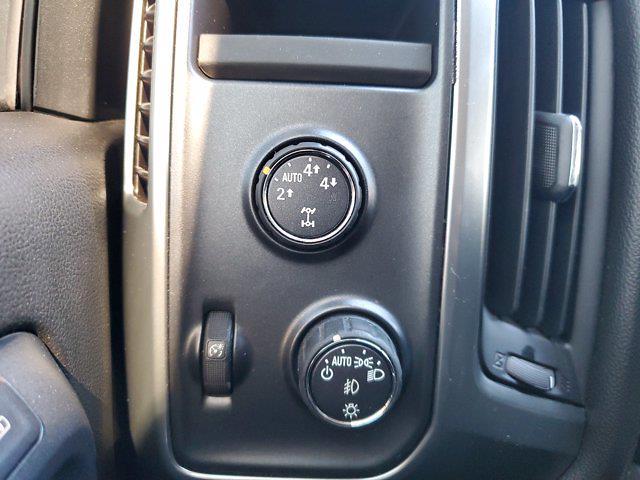 2015 Chevrolet Silverado 1500 Crew Cab 4x4, Pickup #L4284B - photo 30