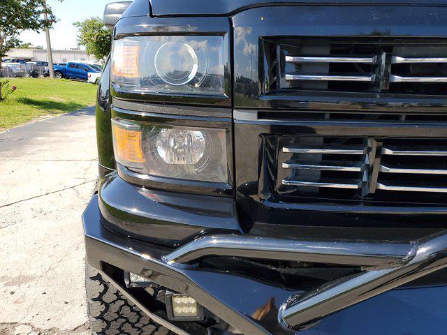 2015 Chevrolet Silverado 1500 Crew Cab 4x4, Pickup #L4284B - photo 4