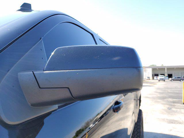 2015 Chevrolet Silverado 1500 Crew Cab 4x4, Pickup #L4284B - photo 7