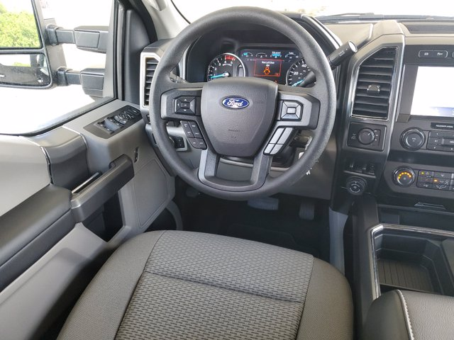 2020 Ford F-250 Crew Cab 4x4, Pickup #L4547 - photo 14
