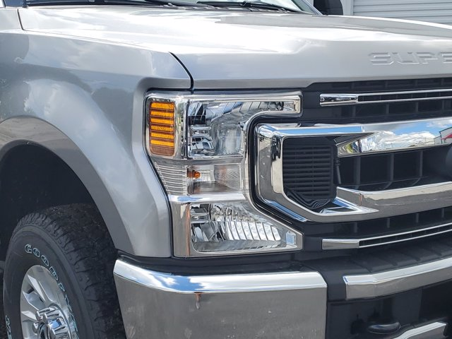 2020 Ford F-250 Crew Cab 4x4, Pickup #L5052 - photo 3