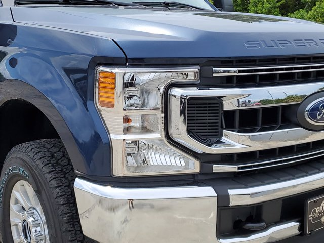2020 Ford F-250 Crew Cab 4x4, Pickup #L5218 - photo 3