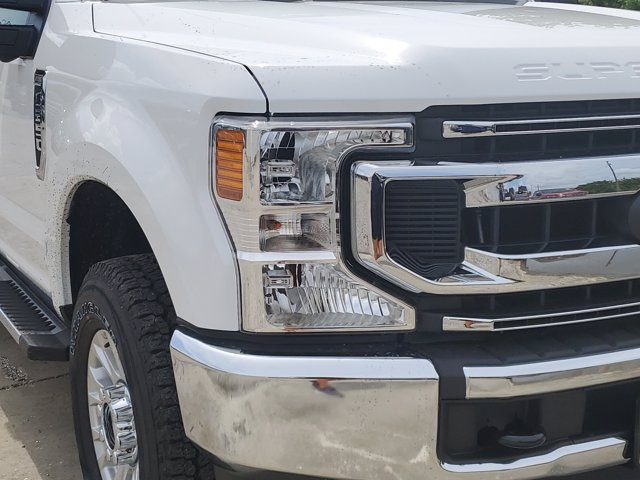 2020 Ford F-250 Crew Cab 4x4, Pickup #L5225 - photo 3