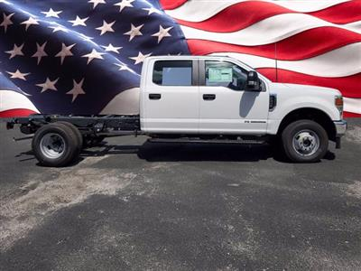 2020 Ford F-350 Crew Cab DRW 4x4, Cab Chassis #L5248 - photo 1
