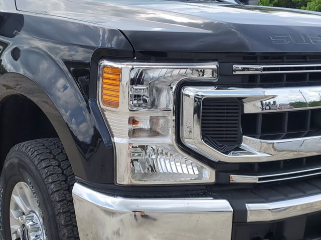 2020 Ford F-250 Crew Cab 4x4, Pickup #L5271 - photo 4