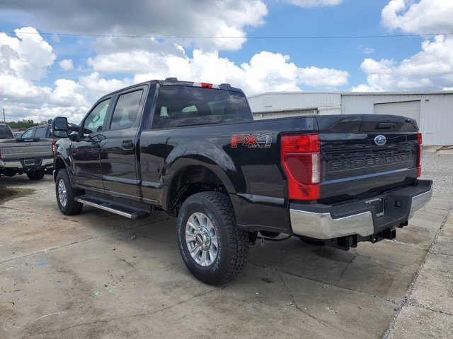 2020 Ford F-250 Crew Cab 4x4, Pickup #L5271 - photo 10