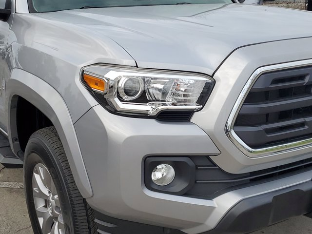 2018 Toyota Tacoma Double Cab 4x2, Pickup #L5381A - photo 4