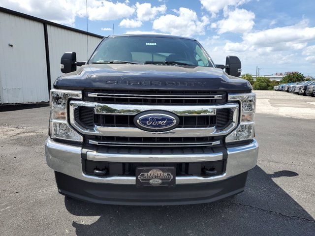 2020 Ford F-250 Crew Cab 4x4, Pickup #L5446 - photo 4