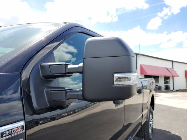 2020 Ford F-250 Crew Cab 4x4, Pickup #L5446 - photo 5