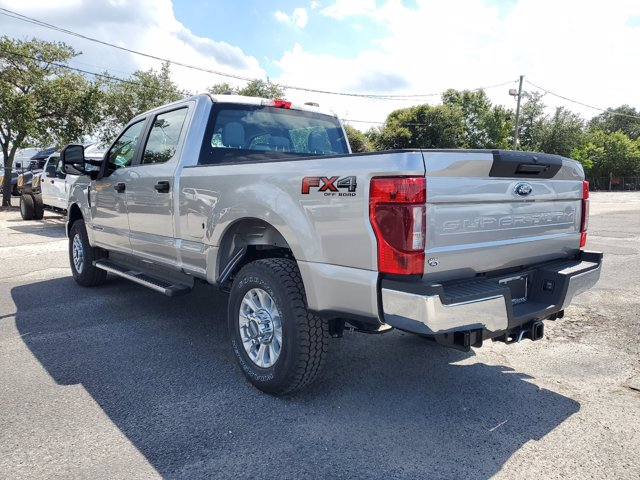 2020 Ford F-250 Crew Cab 4x4, Pickup #L5532 - photo 9