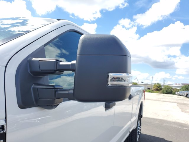 2020 Ford F-250 Crew Cab 4x4, Pickup #L5708 - photo 5