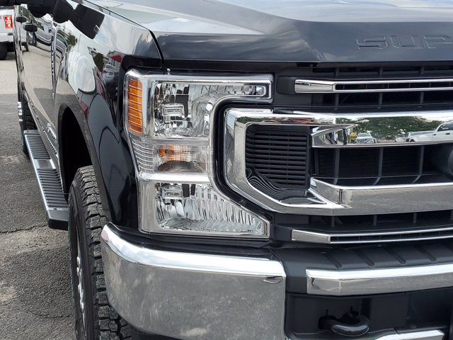 2020 Ford F-250 Crew Cab 4x4, Pickup #L5853 - photo 3