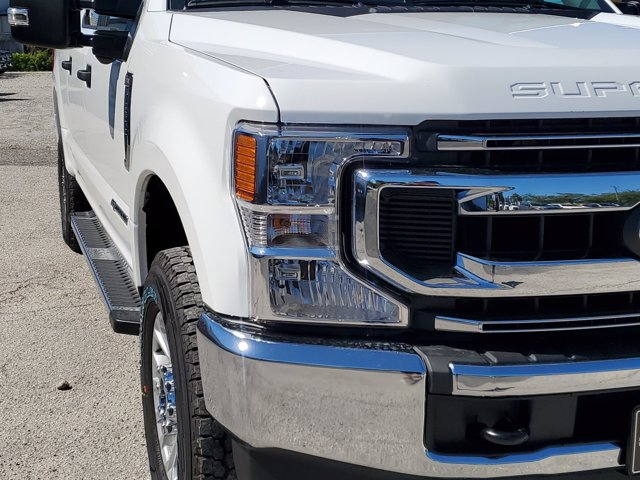 2020 Ford F-250 Crew Cab 4x4, Pickup #L6151 - photo 4