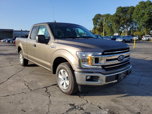 2020 Ford F-150 Super Cab 4x2, Pickup #L6154 - photo 2
