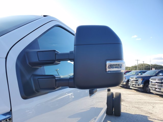2020 Ford F-550 Crew Cab DRW 4x4, Cab Chassis #L6258 - photo 6