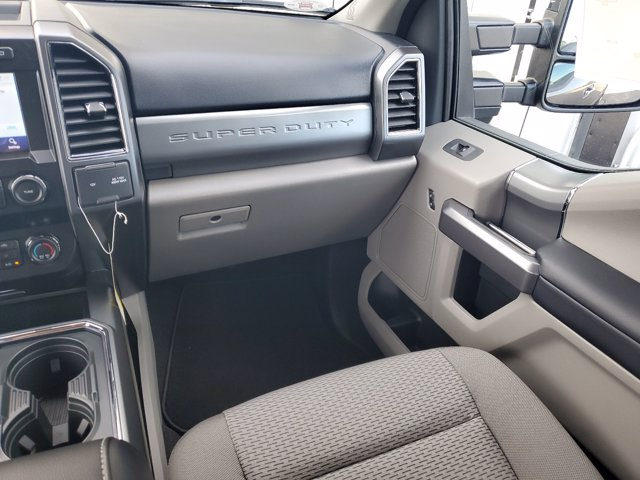 2020 Ford F-250 Crew Cab 4x4, Pickup #L6361 - photo 15
