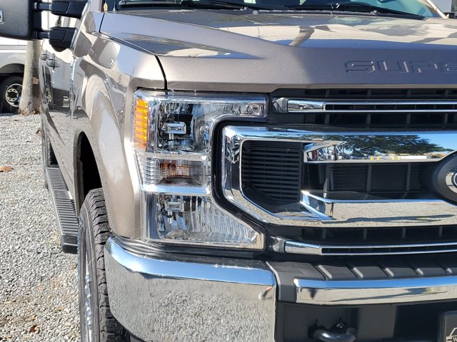 2020 Ford F-250 Crew Cab 4x4, Pickup #L6606 - photo 4