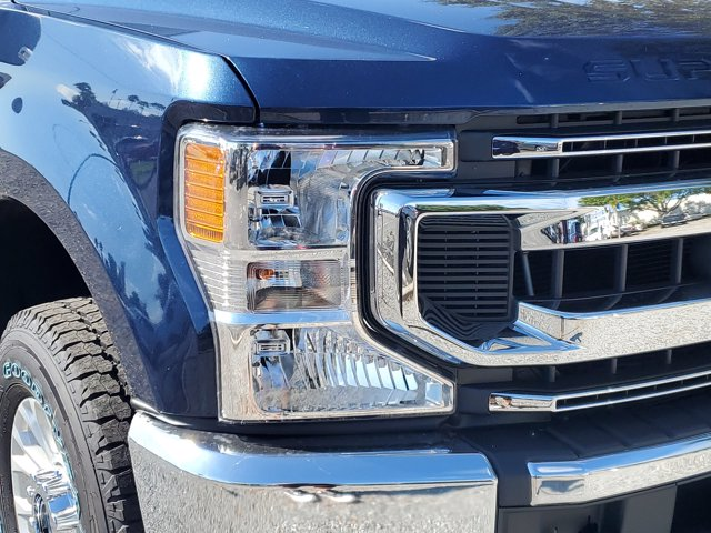 2020 Ford F-250 Crew Cab 4x4, Pickup #L6650 - photo 4