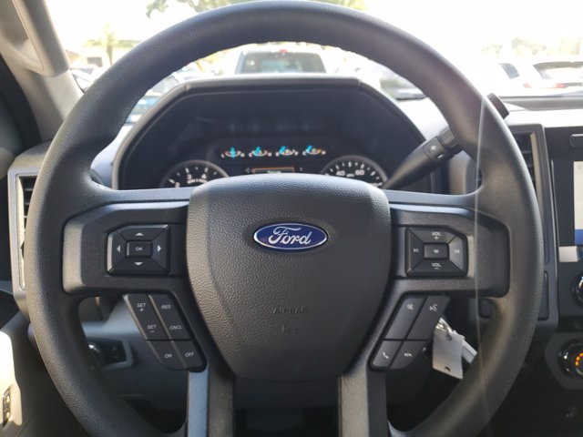 2020 Ford F-250 Crew Cab 4x4, Pickup #L6651 - photo 20