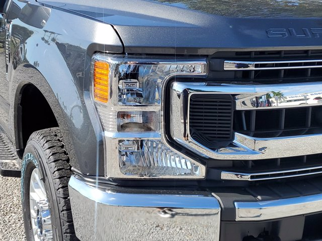 2020 Ford F-250 Crew Cab 4x4, Pickup #L6652 - photo 4