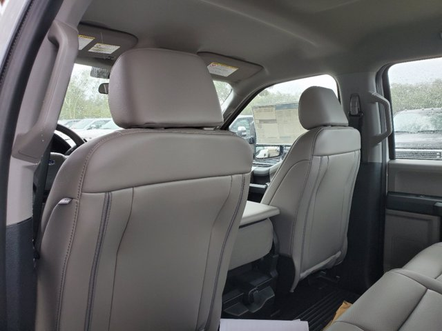2020 Ford F-450 Crew Cab DRW 4x4, Knapheide Stake Bed #L6700 - photo 18