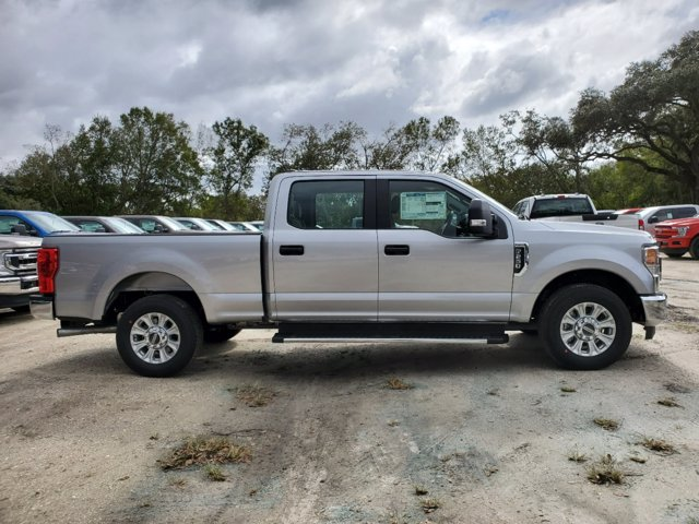 2020 Ford F-250 Crew Cab 4x2, Pickup #L6827 - photo 4