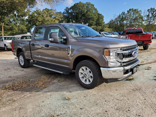 2020 Ford F-250 Crew Cab 4x2, Pickup #L6832 - photo 4