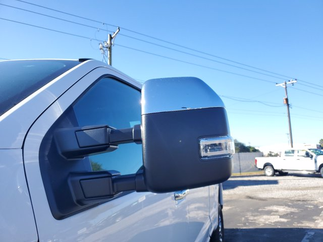 2021 Ford F-250 Crew Cab 4x4, Pickup #M0201 - photo 6