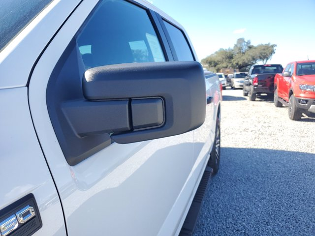 2021 Ford F-150 SuperCrew Cab 4x2, Pickup #M0304 - photo 6