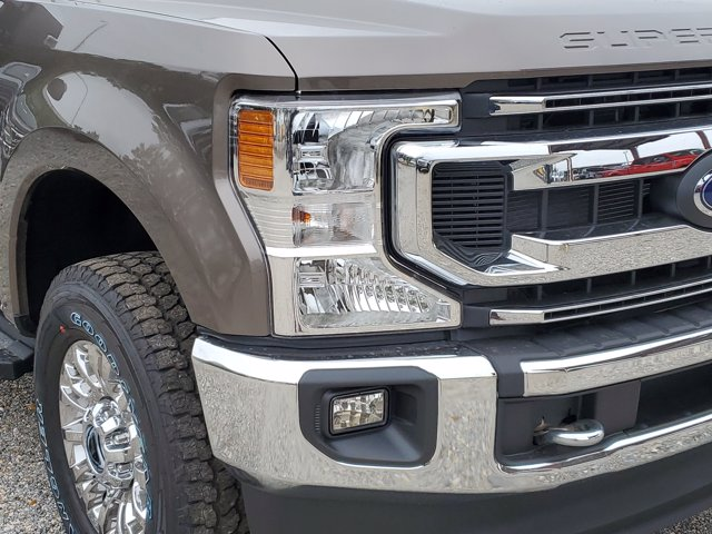 2021 Ford F-250 Crew Cab 4x4, Pickup #M0510 - photo 4