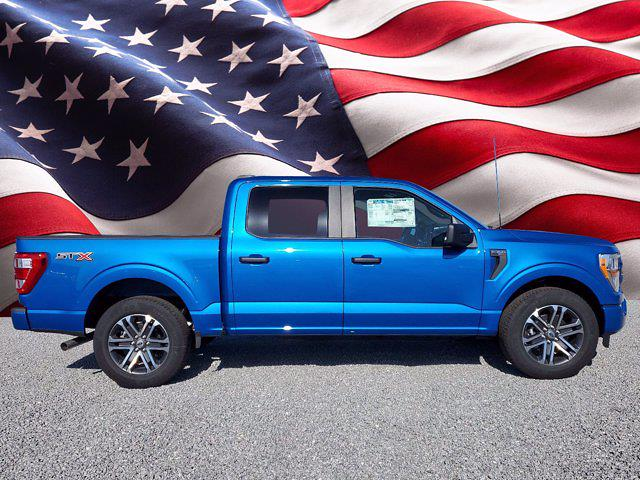 2021 Ford F-150 SuperCrew Cab 4x2, Pickup #M1738 - photo 1