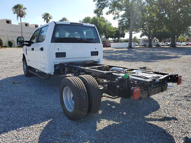 2021 Ford F-350 Crew Cab DRW 4x4, Cab Chassis #M2369 - photo 10