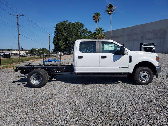 2021 Ford F-350 Crew Cab DRW 4x4, Cab Chassis #M2369 - photo 3