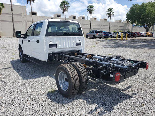 2021 Ford F-350 Crew Cab DRW 4x4, Cab Chassis #M2687 - photo 1