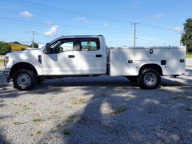 2021 Ford F-350 Crew Cab DRW 4x4, Cab Chassis #M2688 - photo 9