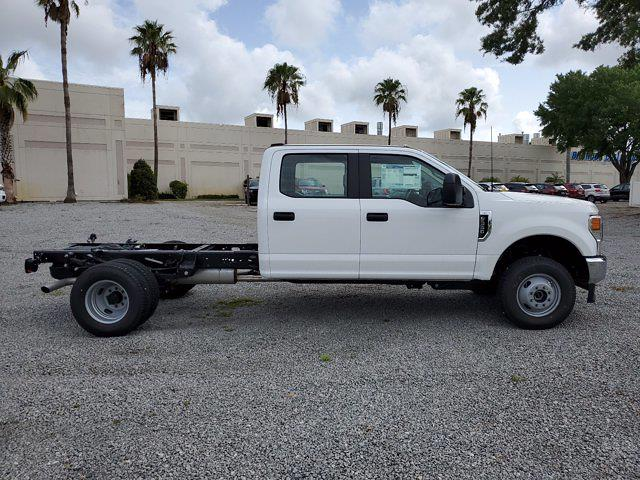 2021 Ford F-350 Crew Cab DRW 4x4, Cab Chassis #M2708 - photo 3