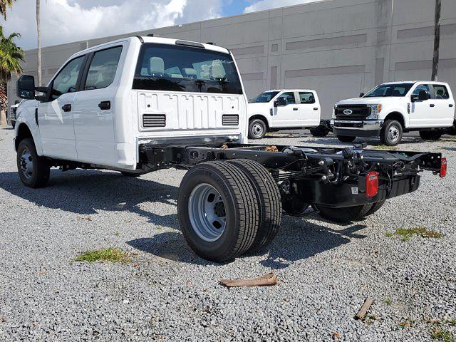 2021 Ford F-350 Crew Cab DRW 4x4, Cab Chassis #M2725 - photo 9