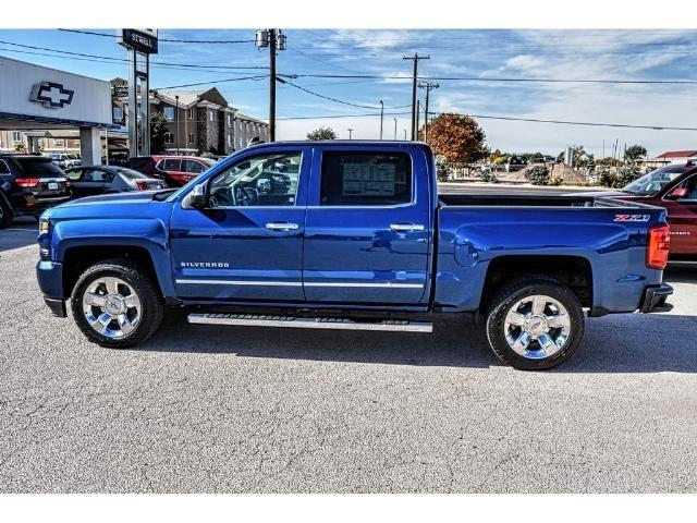 2017 Silverado 1500 Crew Cab 4x4 Pickup #C17182 - photo 3