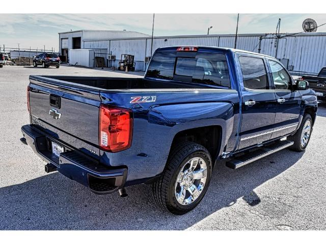 2017 Silverado 1500 Crew Cab 4x4 Pickup #C17182 - photo 4