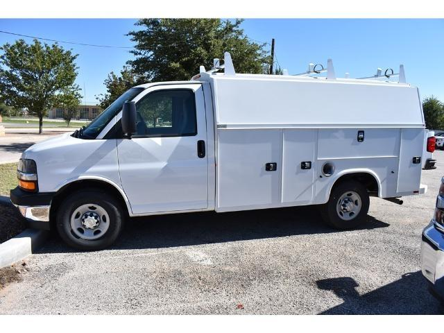 2017 Express 3500 Service Utility Van #C17474 - photo 3