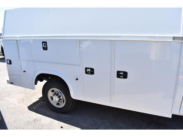 2017 Express 3500 Service Utility Van #C17474 - photo 4