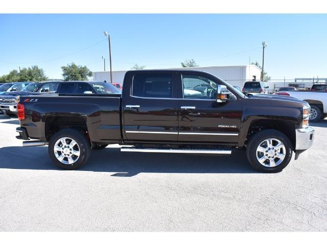 2018 Silverado 2500 Crew Cab 4x4 Pickup #C18080 - photo 17