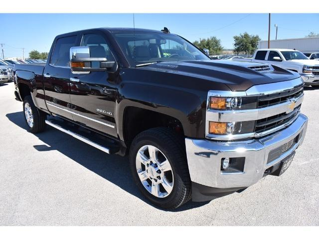 2018 Silverado 2500 Crew Cab 4x4 Pickup #C18080 - photo 5