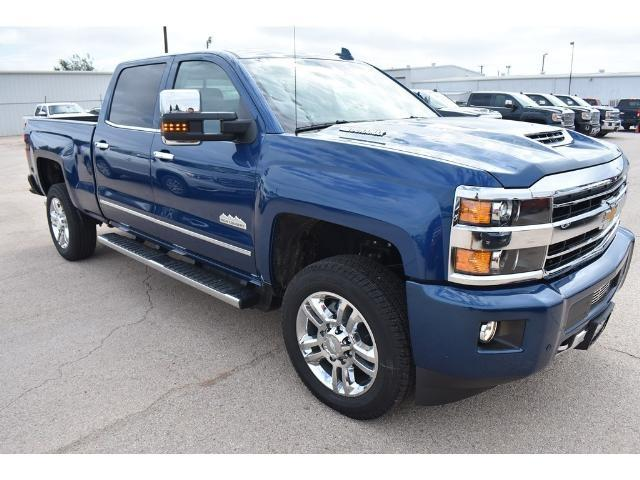 2018 Silverado 2500 Crew Cab 4x4 Pickup #C18087 - photo 5