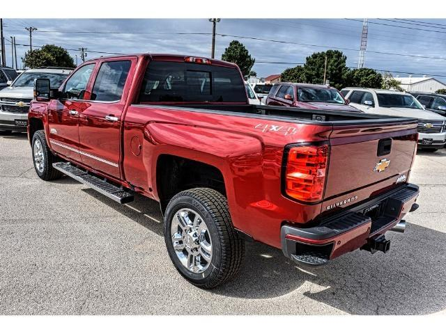 2018 Silverado 2500 Crew Cab 4x4 Pickup #C18090 - photo 2